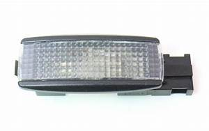 Trunk Hatch Side Cargo Light 01