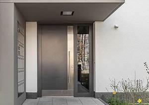 Vordach Haustür Mit Seitenteil : haust r mit seitenteil rechts links online konfigurieren ~ Buech-reservation.com Haus und Dekorationen