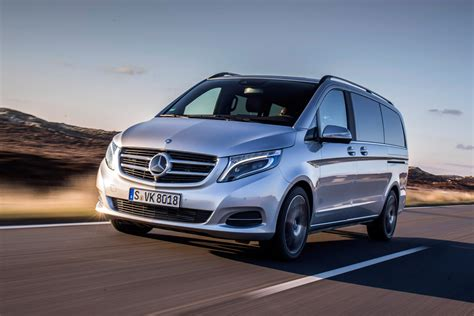 Mercedes V Class Hd Picture by Mercedes V Class V250 Bluetec Pictures Auto Express
