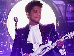 Watch Bruno Mars And The Time Crush Prince Tribute At