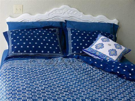 Batik duvet cover, White floral, Indigo Blue   Saffron