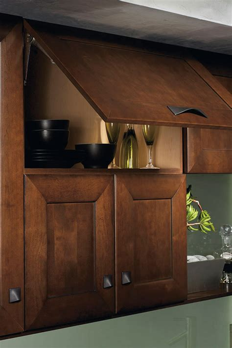 wall lift  cabinet kitchen craft cabinetry