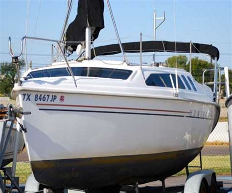 hunter   lewisville texas sailboat  sale