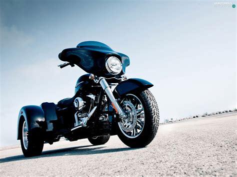 Harley Davidson Sport Glide Backgrounds by Harley Davidson Glide Tricycle Motorbikes