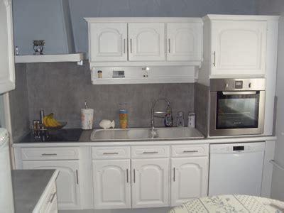 cuisine relookee grise renovation de cuisine votre ancienne cuisine