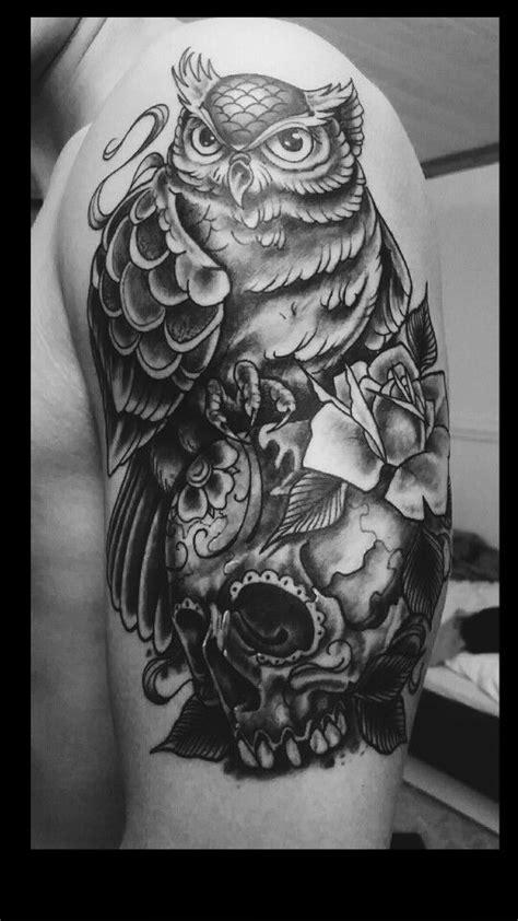 Pin på tattoo