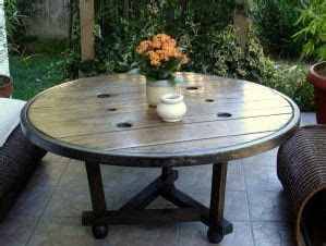 ladaire design salon astuce de recyclage quot 3 quot table ronde mobilier de salon table basse exterieur et grande table