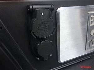 Ford Super Duty Trailer Plug