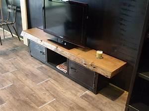 1000 idees sur le theme planches de grange sur pinterest for Idee deco cuisine avec meuble tv bois massif