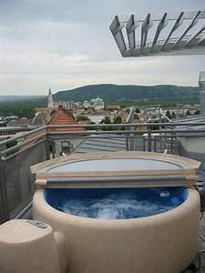 die besten 17 bilder zu sauna auf pinterest gartendusche With französischer balkon mit jacuzzi im garten