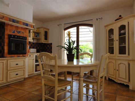 cuisine provencale cuisine provençale photo 1 10 nouvelle table chaises