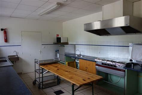 cloison cuisine professionnelle maison design bahbe com