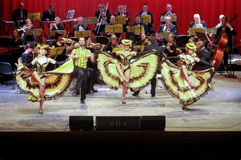 Trīs Latvijas tenori un operete Eiropai un pavasarim ...