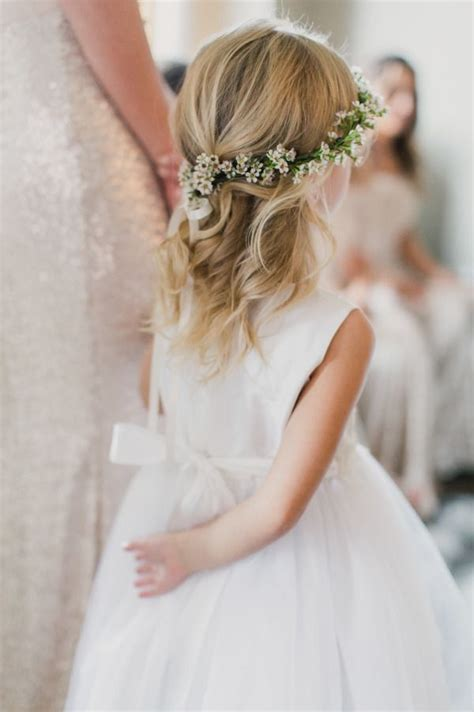 hair style with flower 7716 best tale weddings images on 7716
