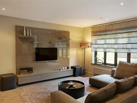1 bespoke built in fitted TV units cabinets high gloss