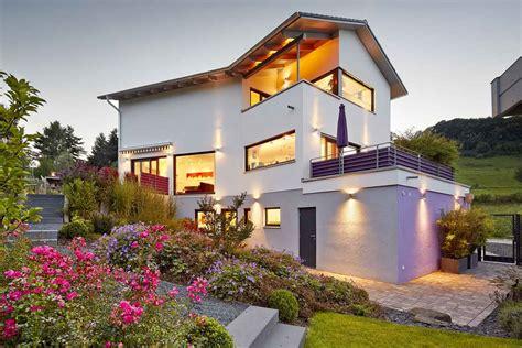 Ein Modernes Traumhaus Bauen Trotz Knick Im Grundstück