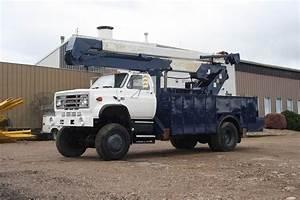 1989 Gmc 7000 Bucket    Boom Truck For Sale