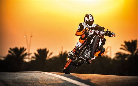 2017 Ktm 1290 Super Duke R Stunt Wallpapers