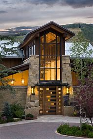 Modern Rustic Mountain Architecture