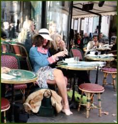 Le De Table Bouclair by Caf 233 De Flore To See And To Be Seen Pens 201 Es En Images