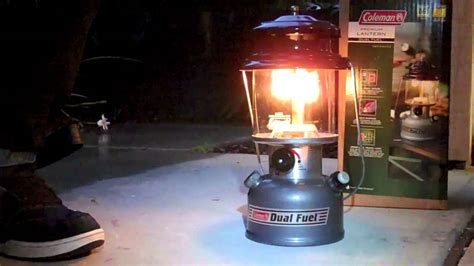 Coleman Lamp Mantles by Coleman Dual Fuel Lantern Youtube