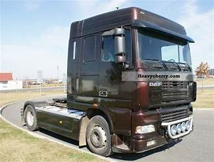 Daf 95xf 530 2003 Standard Tractor  Trailer Unit Photo And