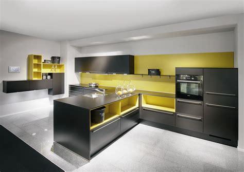 cocinas de color amarillo