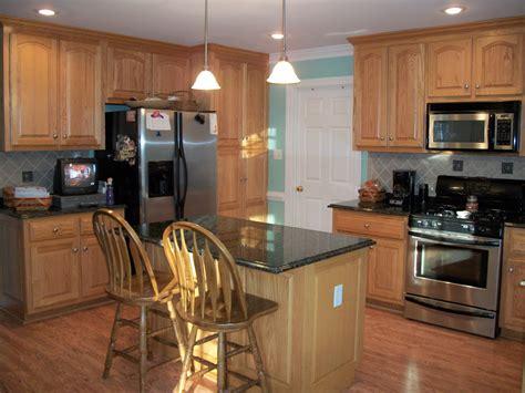 kitchen backsplashes with granite countertops granite kitchen countertops pictures kitchen backsplash