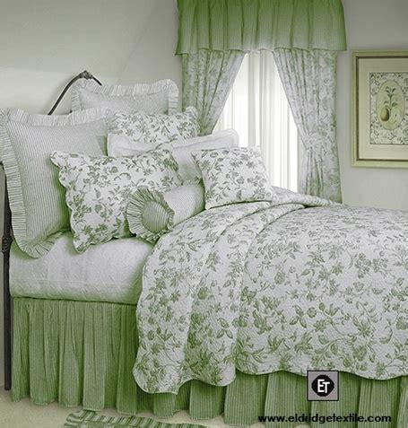 brighton toile elegant williamsburg design quilt  cotton pre washed  pre shrunk