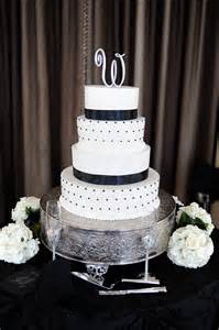 black and white wedding cakes black and white wedding cake wedding cakes desserts white wedding cakes