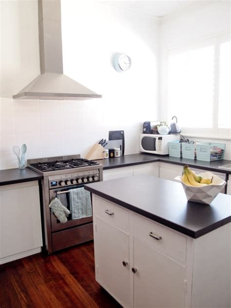 Kitchen Makeover 2000 by Before After Wanjie S Clever 2000 Kitchen Makeover