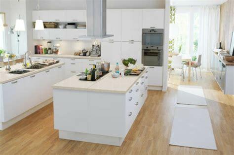 hotte cuisine ilot central cuisine avec îlot central archzine fr