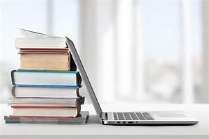 Study, Suggests, University, Presses, Publish, Fewer, Humanities, Books