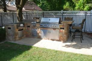 Covered Patio Bar Ideas by 40 Modern Pergola Designs And Outdoor Kitchen Ideas