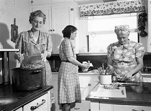 'A woman's place is in the kitchen': Changing culinary ...