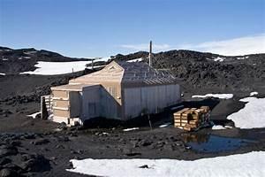 Shackleton's Scotch Heads Home