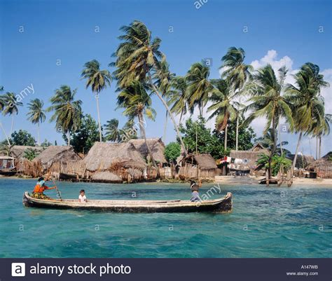Canoes This In Panama by San Blas Islands Republic Of Panama Cuna Indian Canoe