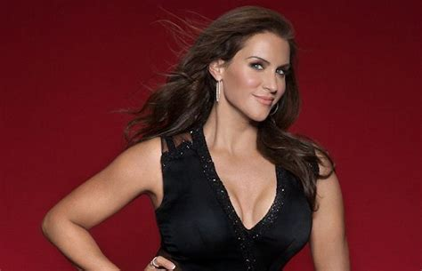 Wwe Using Stephanie Mcmahon S Memoir To Put Big Spotlight On Her Significant Company Goal