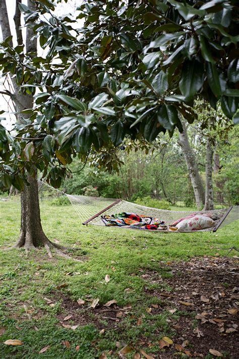 Hammock Nashville by 24 Lazy Day Backyard Hammock Ideas For Your Relaxation Area