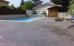 plage de piscine en beton teinte home staging lyon decovalor With amenagement tour de piscine 6 amenagement terrasse amenagement de cours plage de