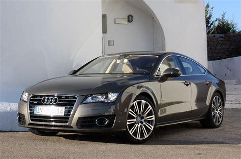 Luxurius Car :  Audi Rs6 2012