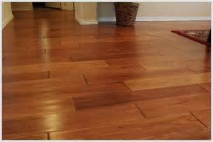 kitchen tile flooring that looks like wood tiles home decorating ideas 6yr4wk0pvn