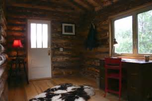 small log home interiors tiny log cabin by jalopy cabins