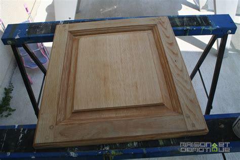 poignees meubles cuisine customisation de la cuisine pour la rajeunir un peu maison et domotique