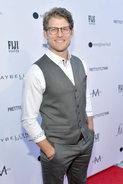 Travis Van Winkle Photos The Daily Front Row
