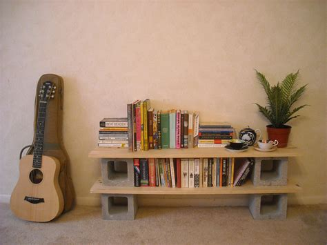 Built Me A Bookshelf Out Of Bits 'n' Pieces, Heehaw