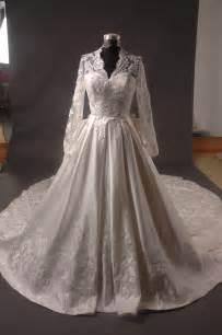 kate brautkleid file kate middleton royal dress replica front jpg