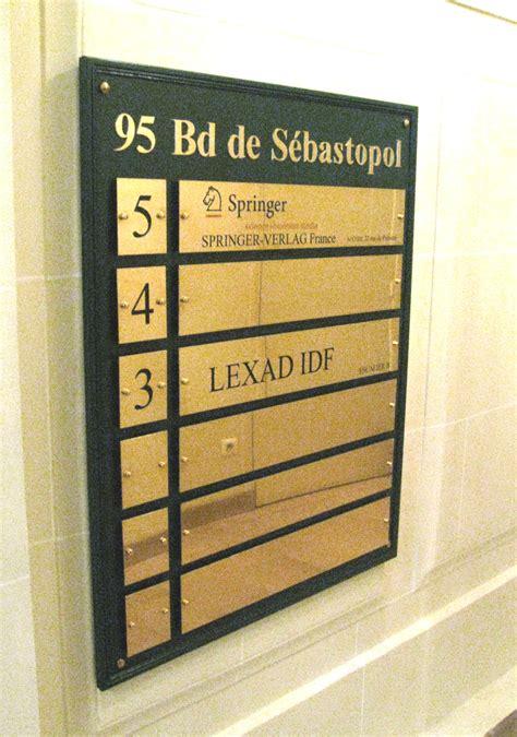 le de bureau laiton panneau de signalétique intérieure sign capitale