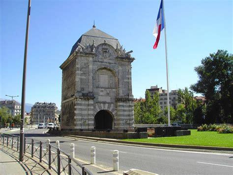 porte de grenoble monuments patrimoine industriel agricole et artisanal is 232 re 38 page 4