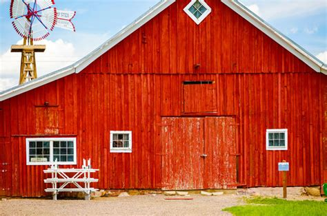 Why Are Old Barns Always Painted Red?  Penbay Pilot